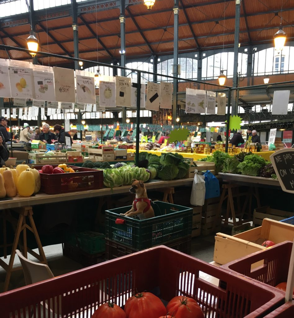 The Market at Sens.